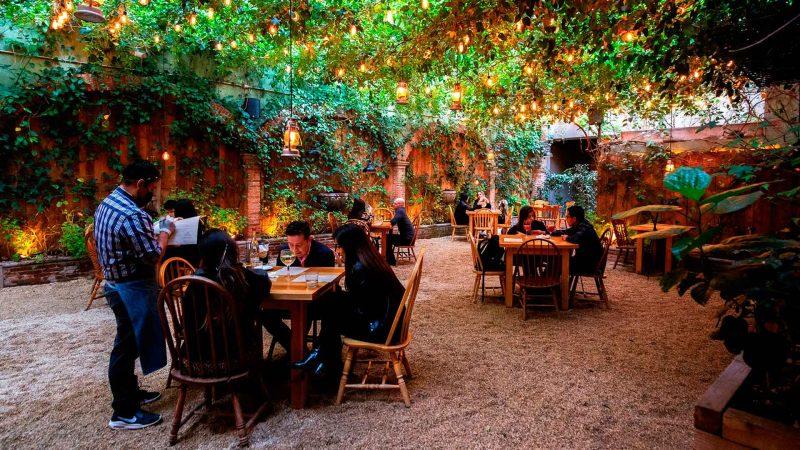Lleva a esa persona especial a un restaurante romántico de la CDMX
